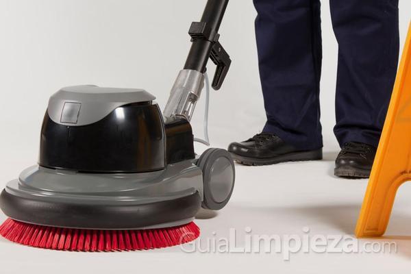 Descubre los principales usos y ventajas de la maquinaria de limpieza
