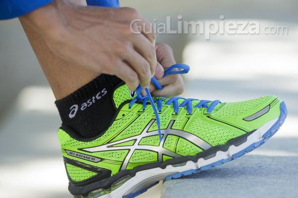 Cómo lavar nuestras zapatillas de deporte