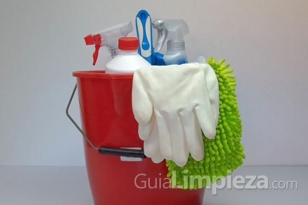 ¿Qué producto de limpieza emplear en cada superficie?
