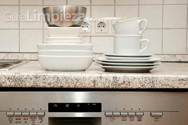 ¿Cómo cargar tu lavavajillas?