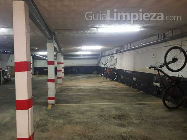 limpiezas de parking privados.jpg